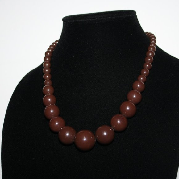 """Chunky brown beaded necklace 18""""`"""
